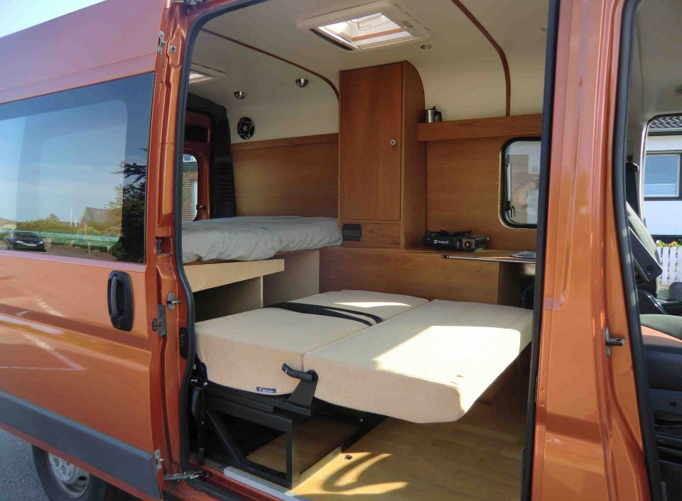 sonstige sonstige fiat ducato selbstausbau als kastenwagen. Black Bedroom Furniture Sets. Home Design Ideas