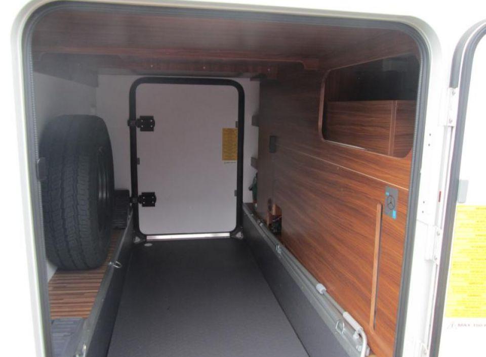 adria coral xl plus a 670 sl als alkoven in hagenbrunn. Black Bedroom Furniture Sets. Home Design Ideas