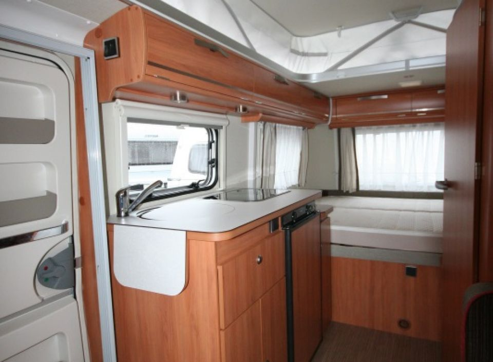 hymer eriba touring troll 550 als pickup camper in ober. Black Bedroom Furniture Sets. Home Design Ideas